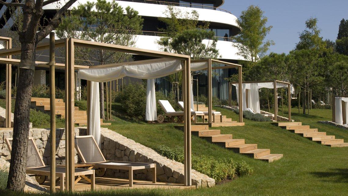 Hotel lone landscape design kappo for Designhotel q